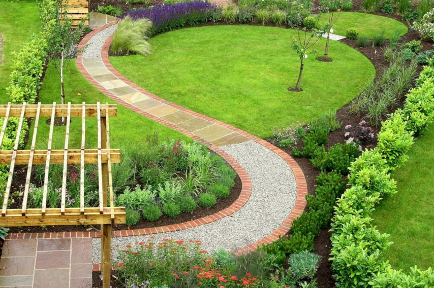 Garden exterior design ideas using grass that make your home more fresh 24