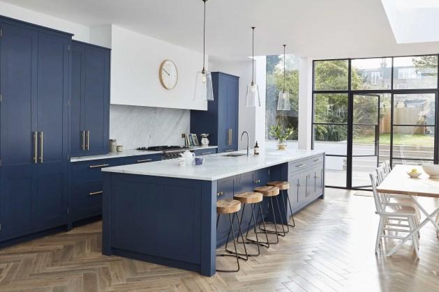 Kitchen floor design with the best motives 33