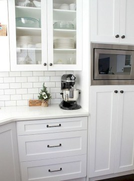 Rustic kitchen cabinet design ideas are very popular this year 27
