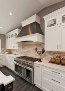 Rustic kitchen cabinet design ideas are very popular this year 36