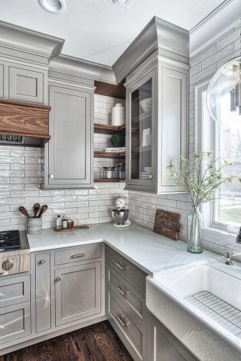 Rustic kitchen cabinet design ideas are very popular this year 44