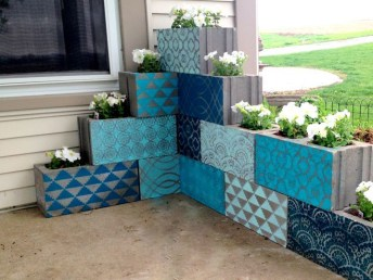 The best cinder block garden design ideas in your frontyard 05