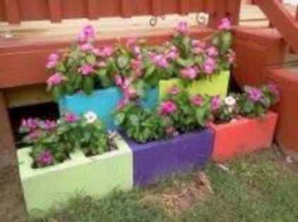 The best cinder block garden design ideas in your frontyard 07