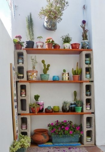 The best cinder block garden design ideas in your frontyard 19