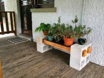 The best cinder block garden design ideas in your frontyard 29