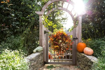 The best gate design ideas that you can copy right now in your home 30