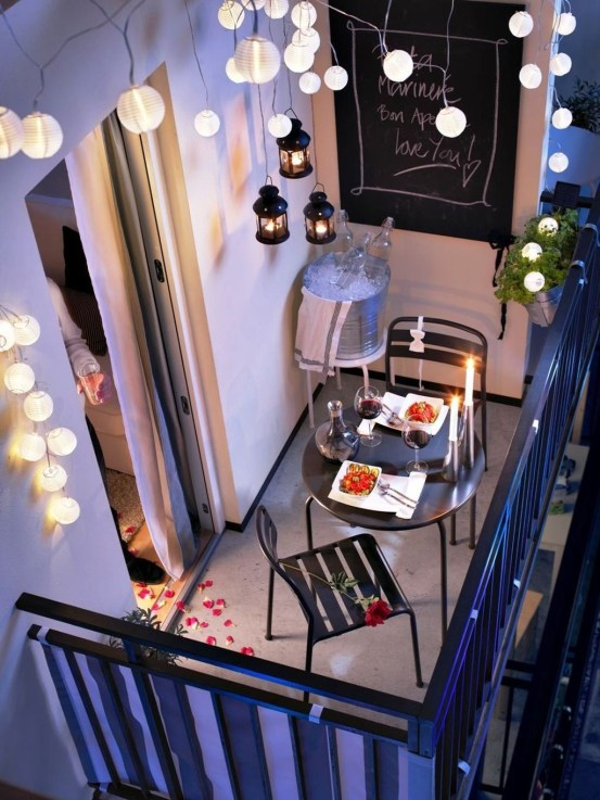 Beauty view design ideas for balcony apartment that make you cozy 31