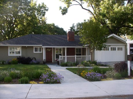 The best and stunning front yard design 44
