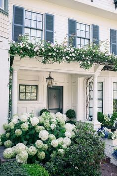 Exterior decoration ideas with flower in window 35