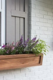 Exterior decoration ideas with flower in window 37