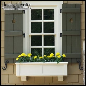 Exterior decoration ideas with flower in window 51