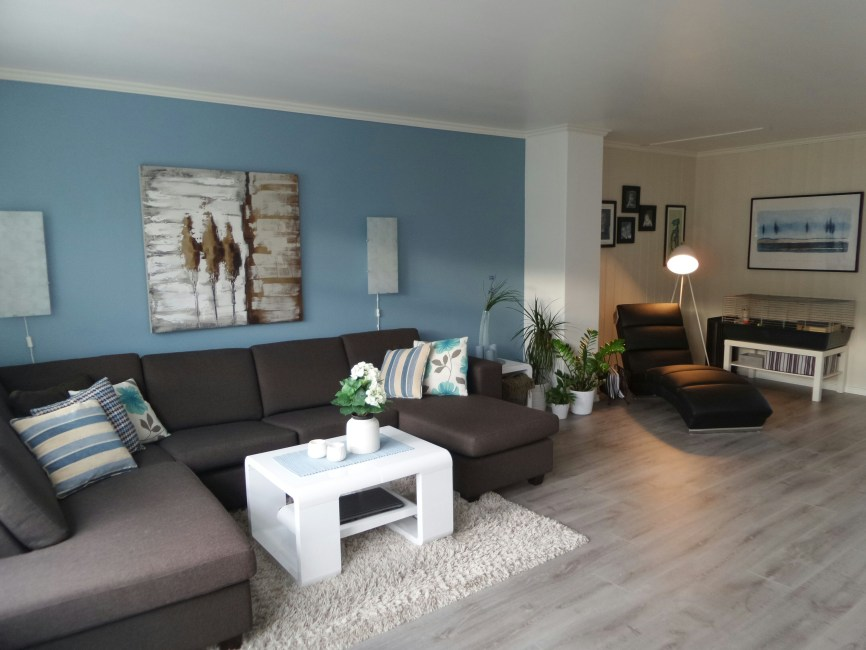 Living room gray wall color design ideas 25