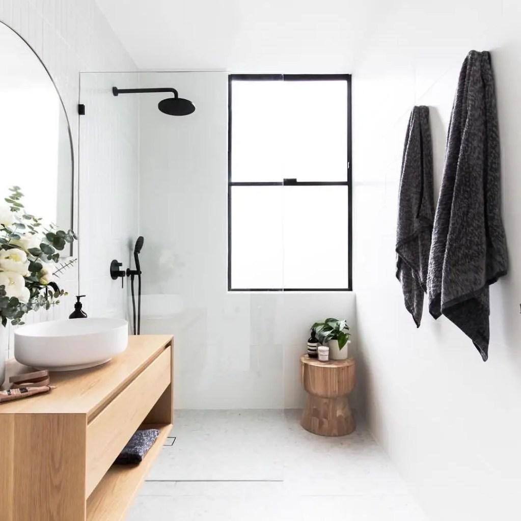 Minimalist bathroom design ideas 08