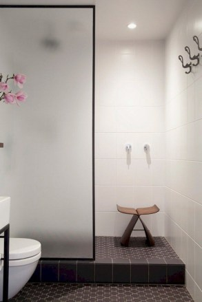 Minimalist bathroom design ideas 17