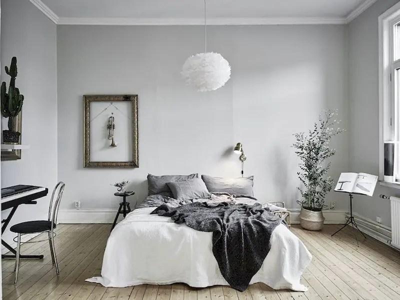 Luxury bedroom design ideas with goose feather 23