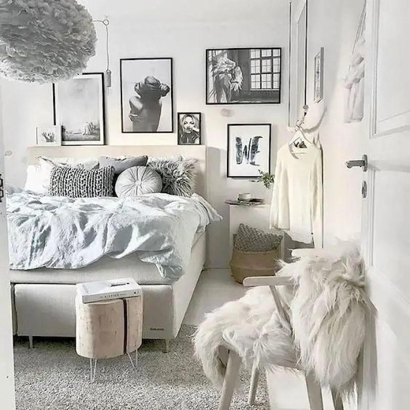 Luxury bedroom design ideas with goose feather 29