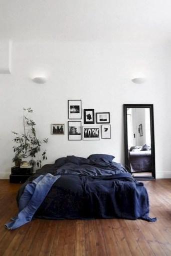 Romantic bedroom decorating ideas in your apartment 34