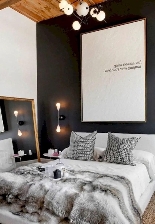 Romantic bedroom decorating ideas in your apartment 40