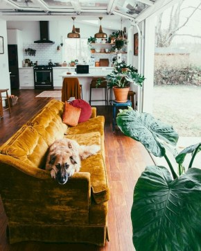 Spring living room design ideas that you can copy right now 06