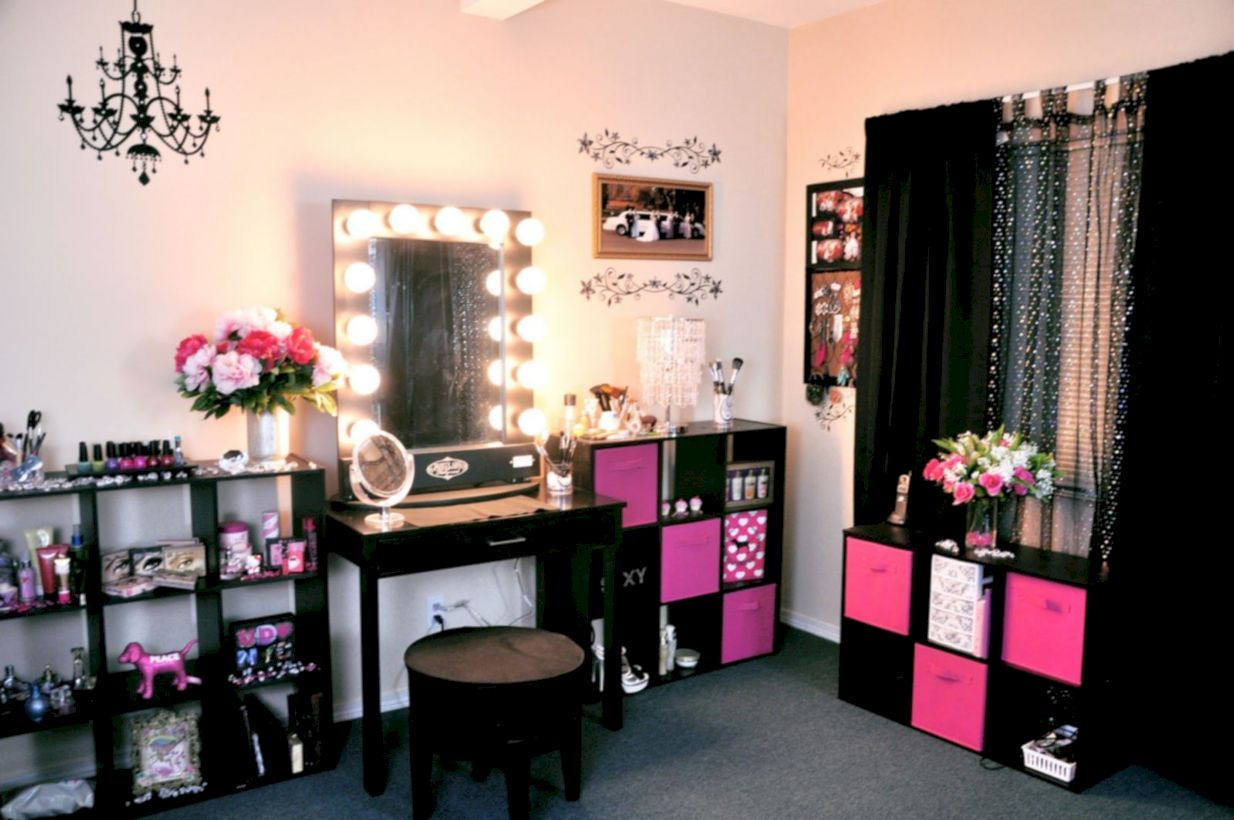 The best makeup table design ideas that you must copy right now 04