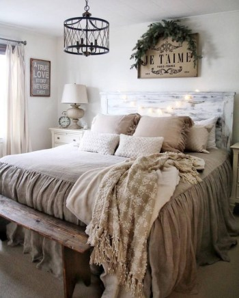Unique bedroom design ideas that look awesome 31