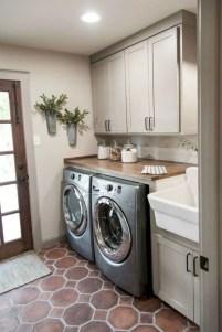 Inspiring small laundry room design ideas in spring 2019 21