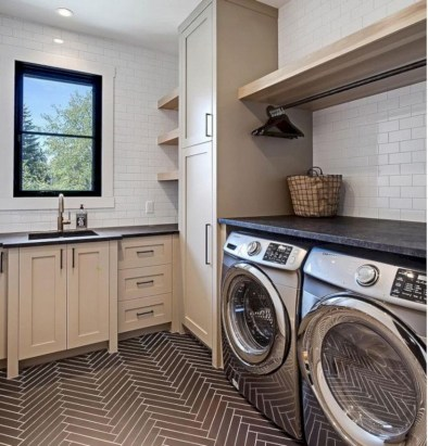 Laundry design ideas with drying room that you must try 37