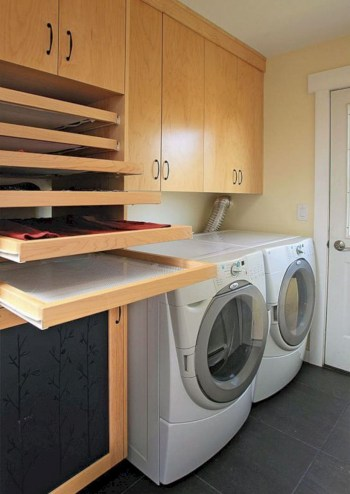 Laundry design ideas with drying room that you must try 41