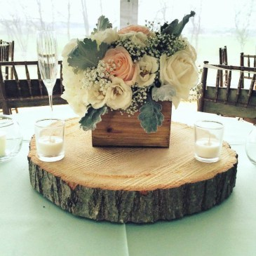 Inspiring wooden box ideas for flower that you can try 10