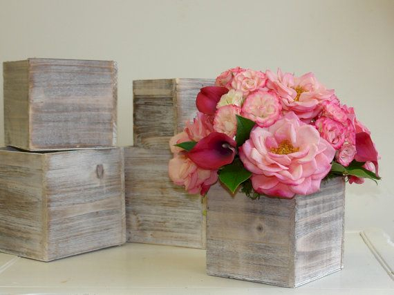 Inspiring wooden box ideas for flower that you can try 22