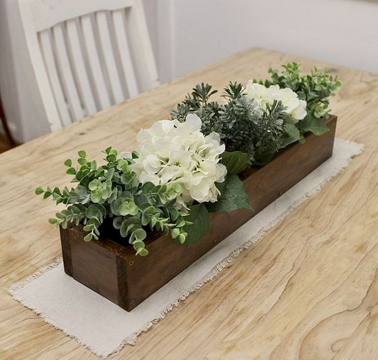 Inspiring wooden box ideas for flower that you can try 46