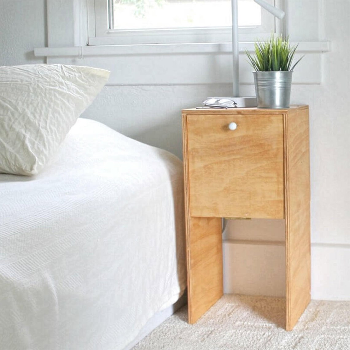 A creative wardrobe design comfortable and suitable plywood furniture for large and small bedrooms