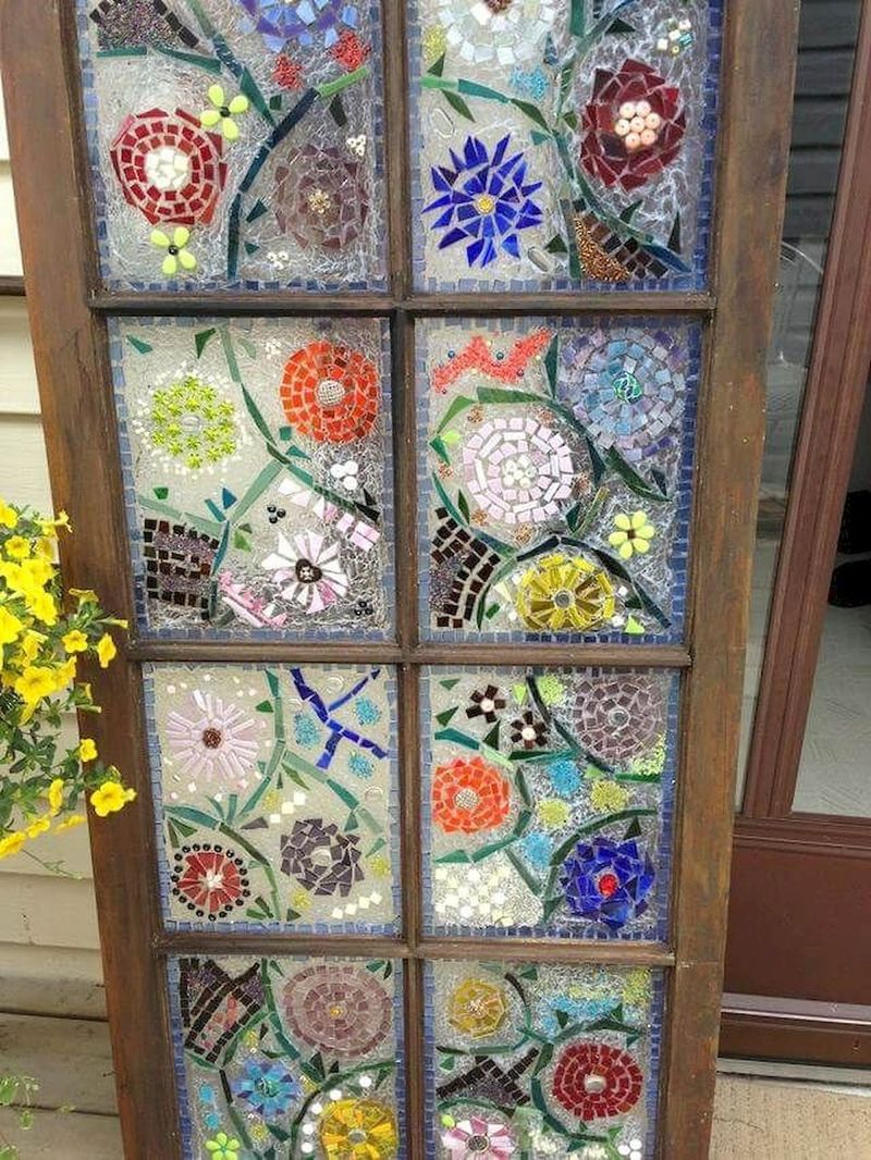 Adorable diy mosaic craft ideas to beautify your home decoration 48