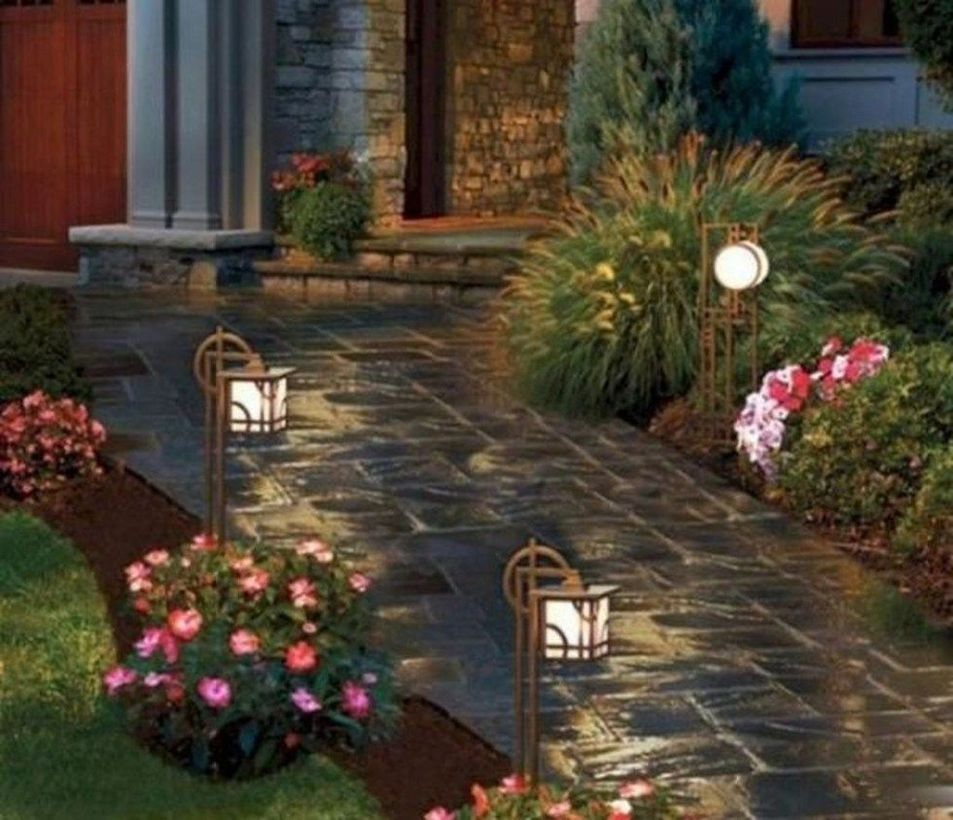 Adorable front yard lighting ideas for your summer night vibe 32