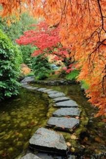 On budget garden walk path ideas for an easy movement around the garden 27