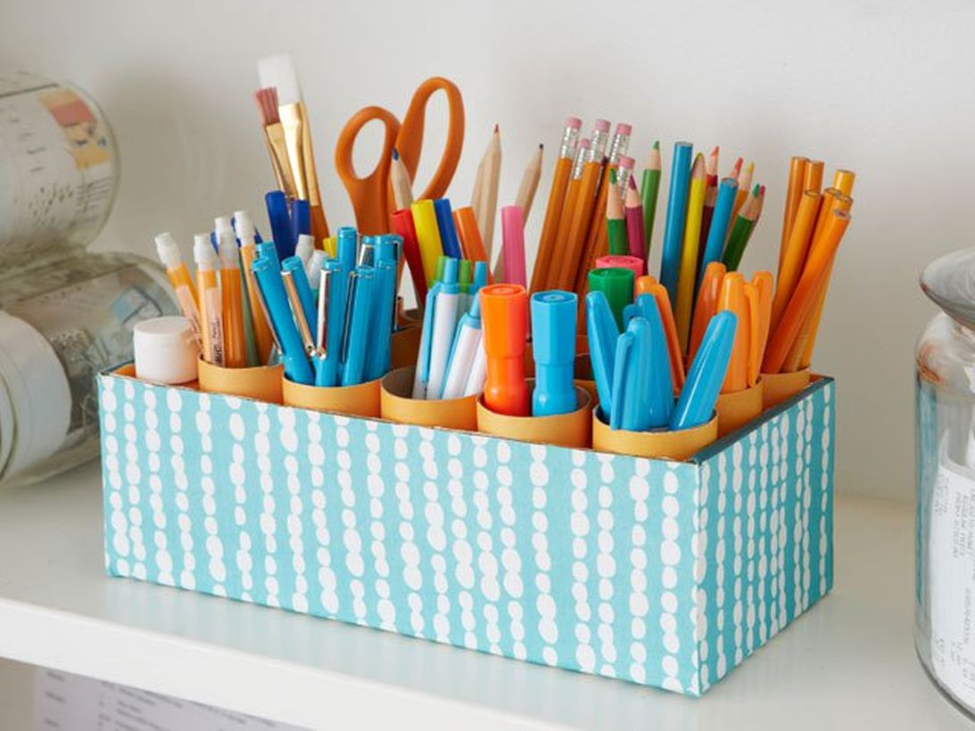 Shoe boxes from unused craft items to put stationery