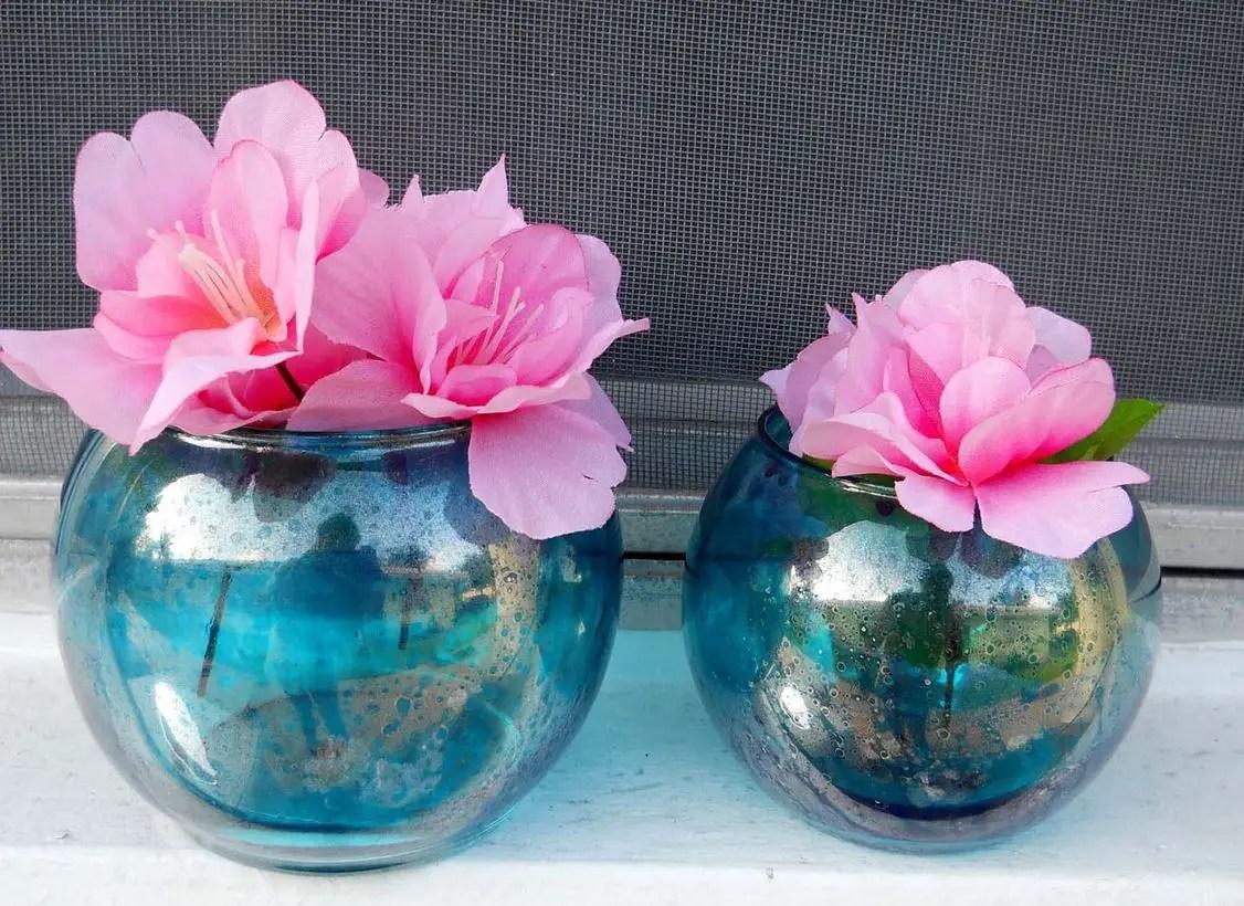 Diy glass flower vase with round shape, blue color
