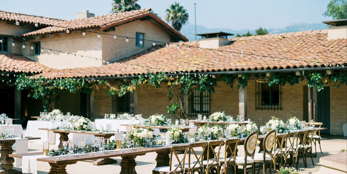 An adorable outdoor venue for fall wedding with a wedding at the santa barbara historical museum that a picturesque venue brings to life the romance and comfortable.