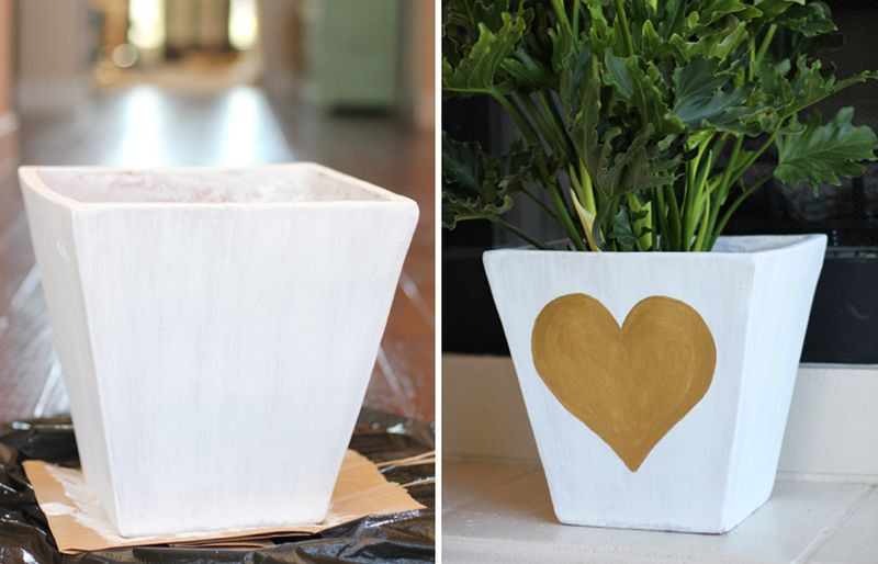 An awesome clay pot with golden painted heart planter to beautify your garden