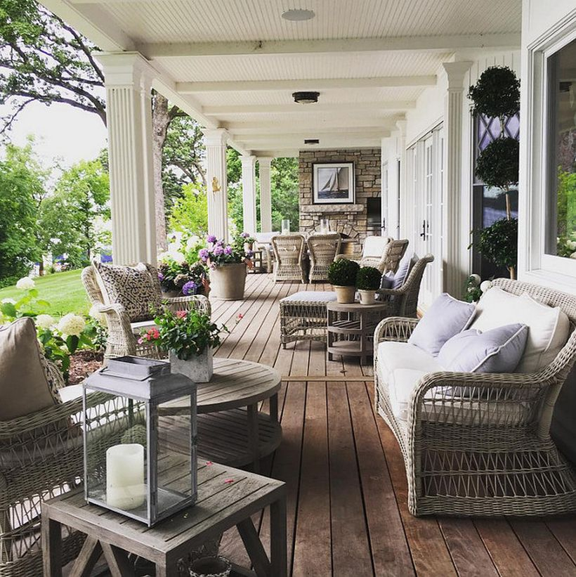 Beautiful farmhouse porch furniture with rattan chairs, round and square wooden table ideas