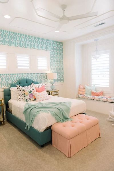 Beautiful bedroom with turquoise patterned wallpaper to give more fresh look for teenage girl's bedroom