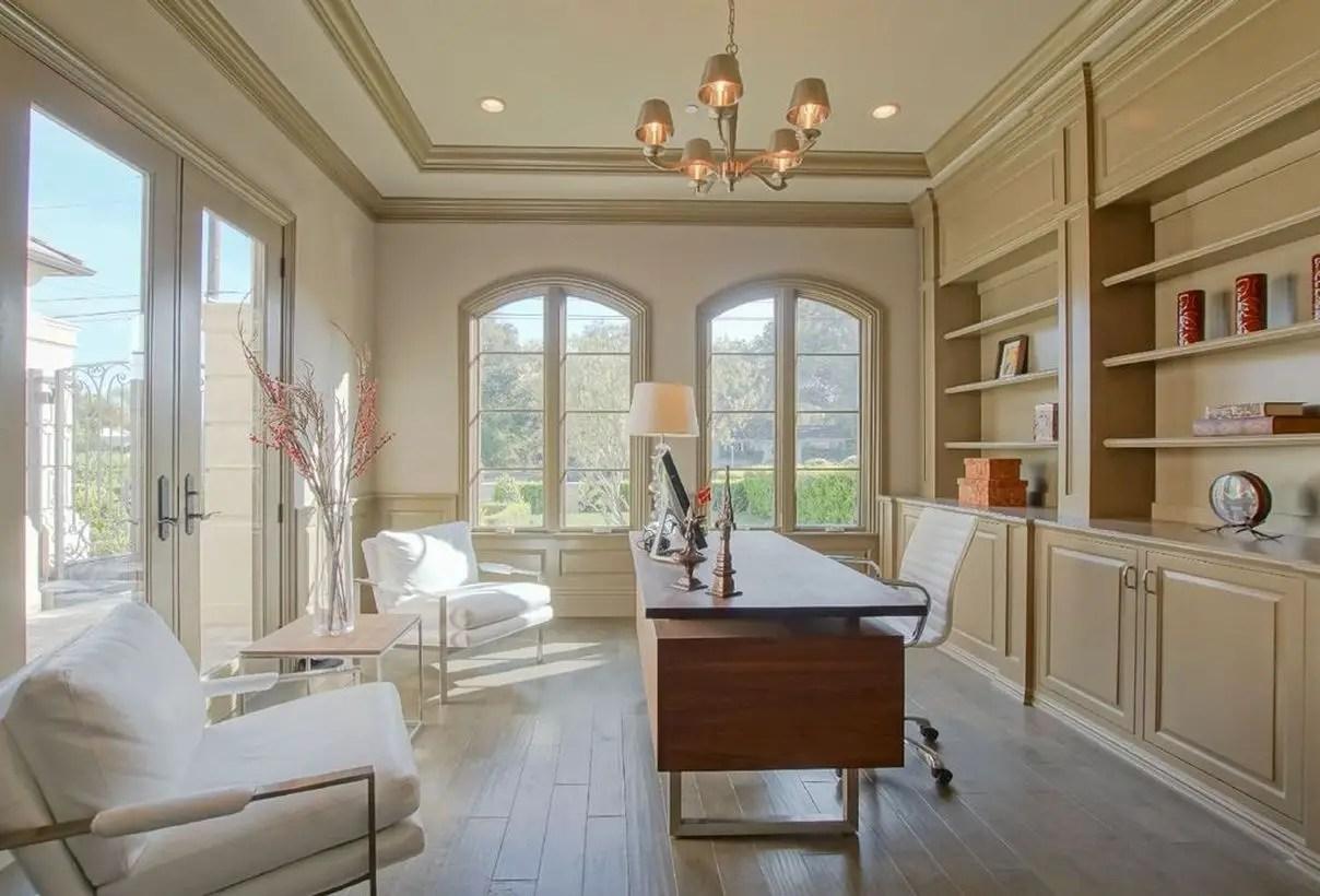 Best beige color in the office room to look good