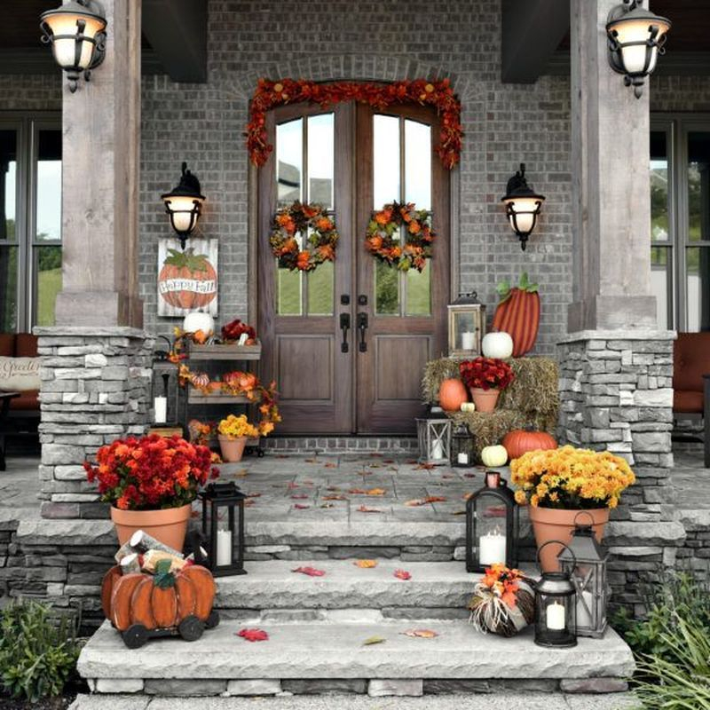 Cozy porch decoration ideas to match any home styles this fall 09