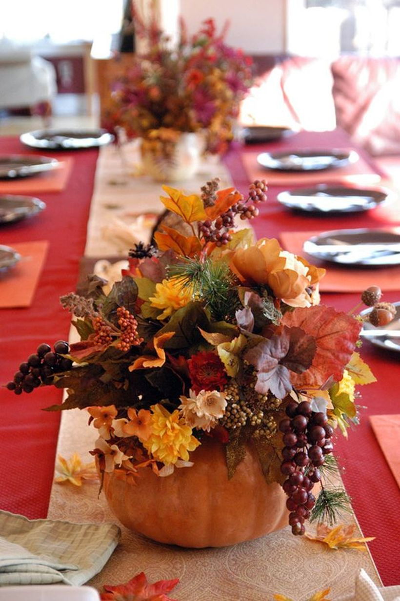 Creative pumpkin and flowers decoration