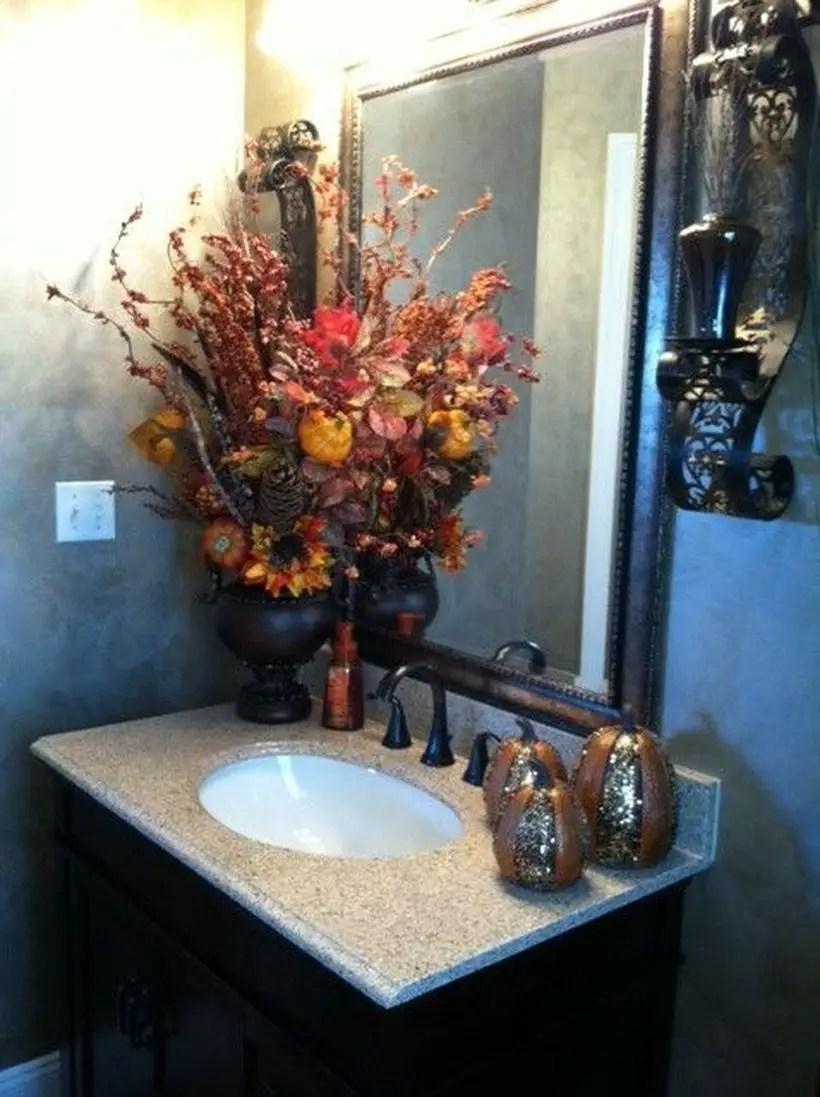 Decorative floral arrangement