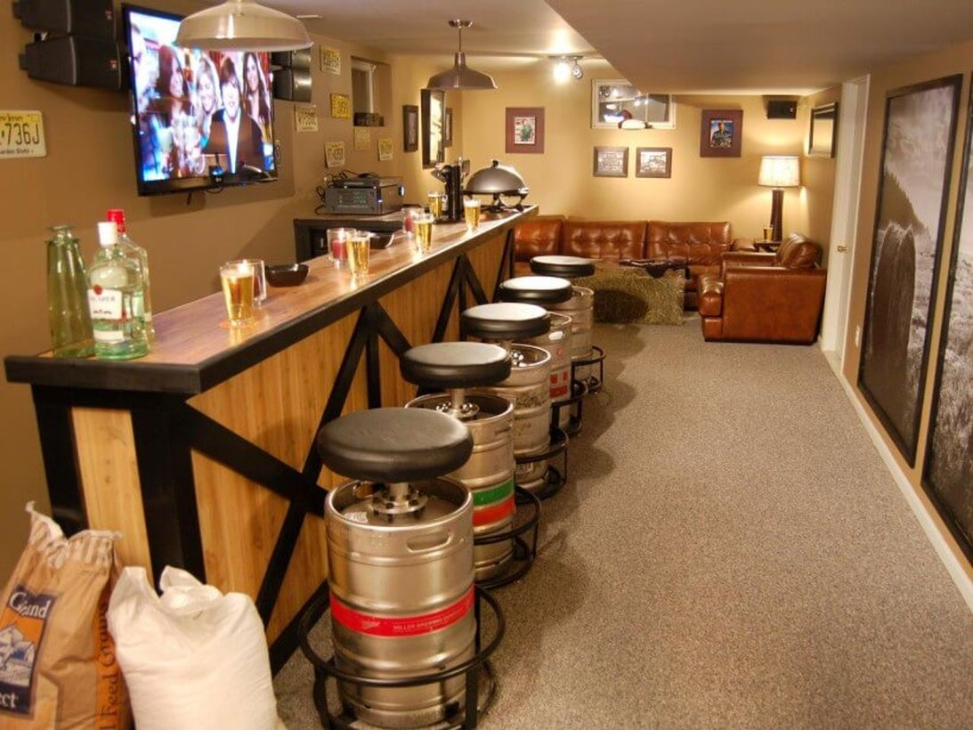 Keg stool bar