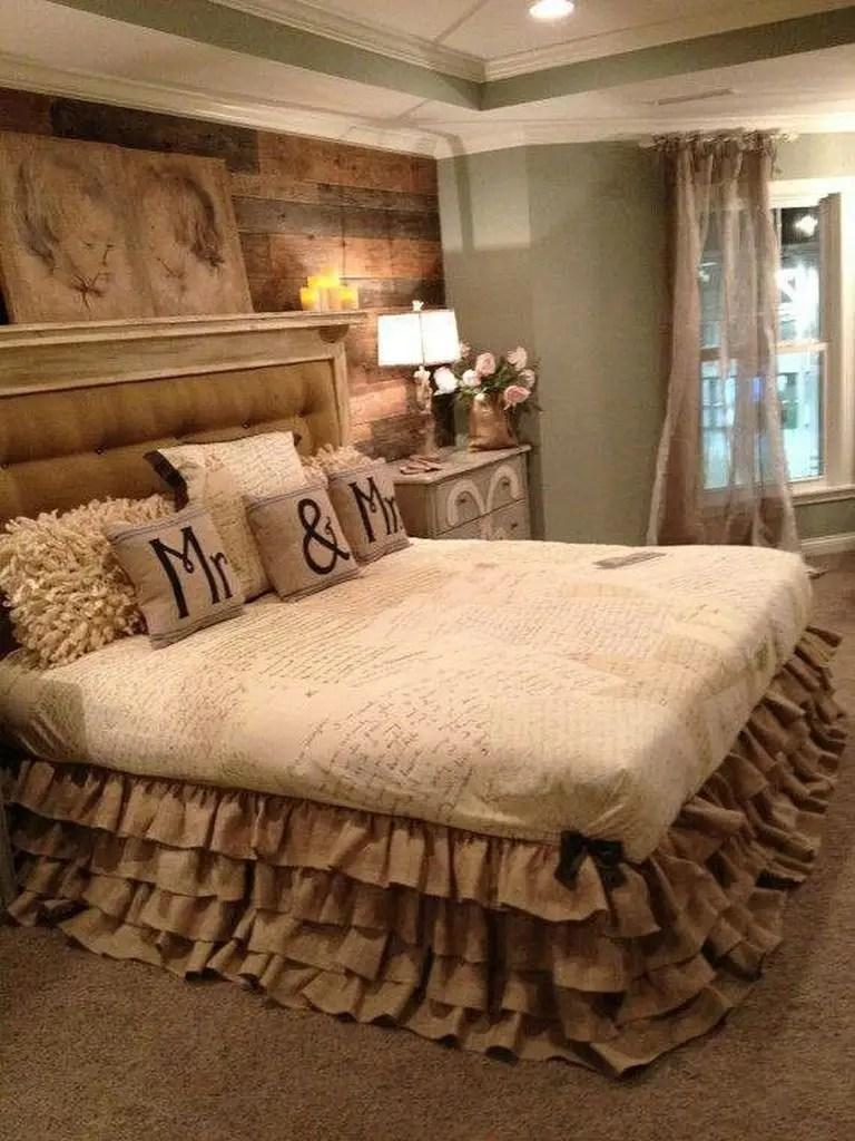 Stunning headboard for bedroom