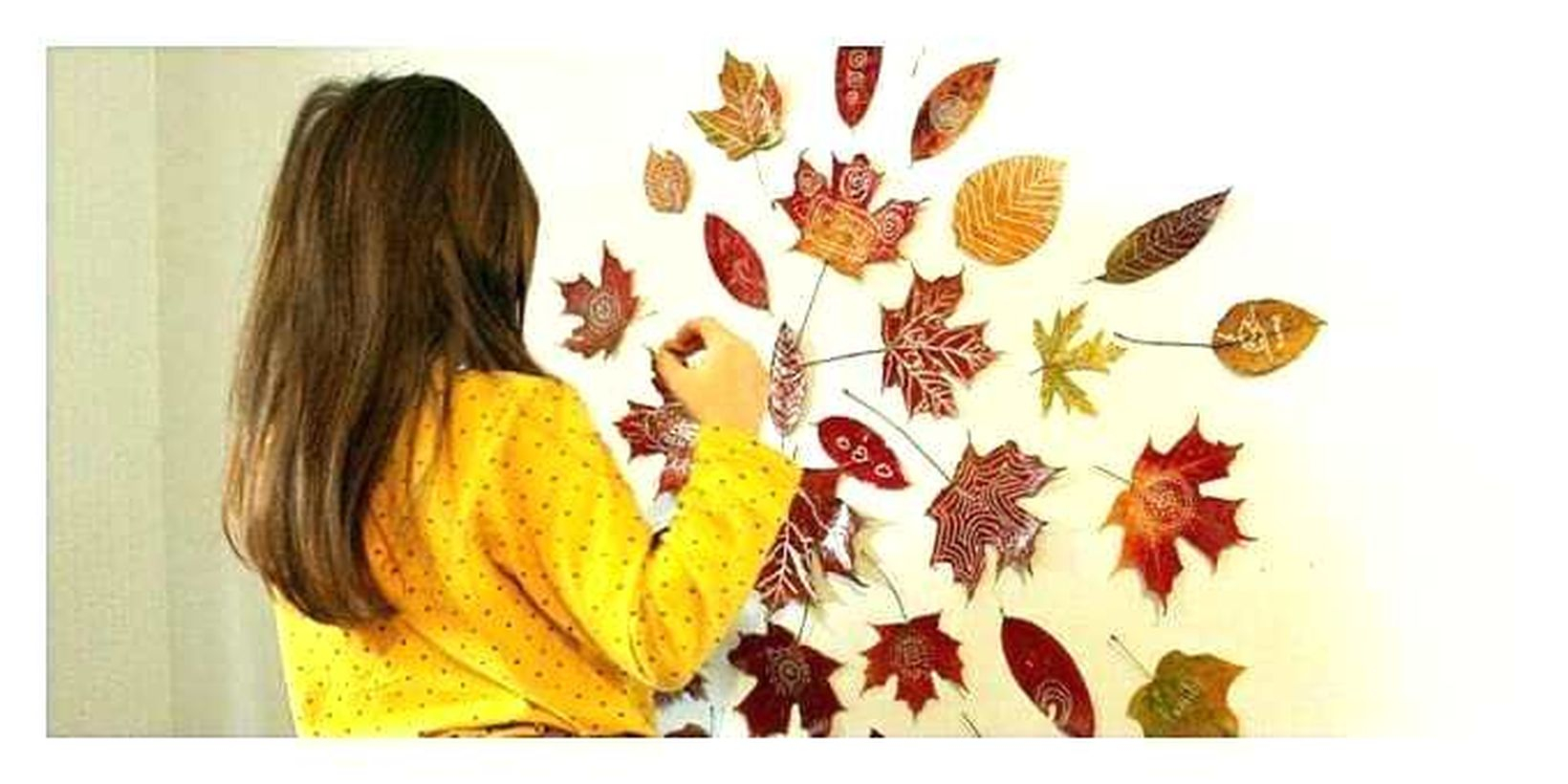 Awesome autumn leaves craft wall decoration