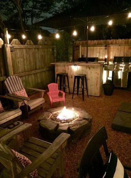 Simple lighting with string lamps for porch