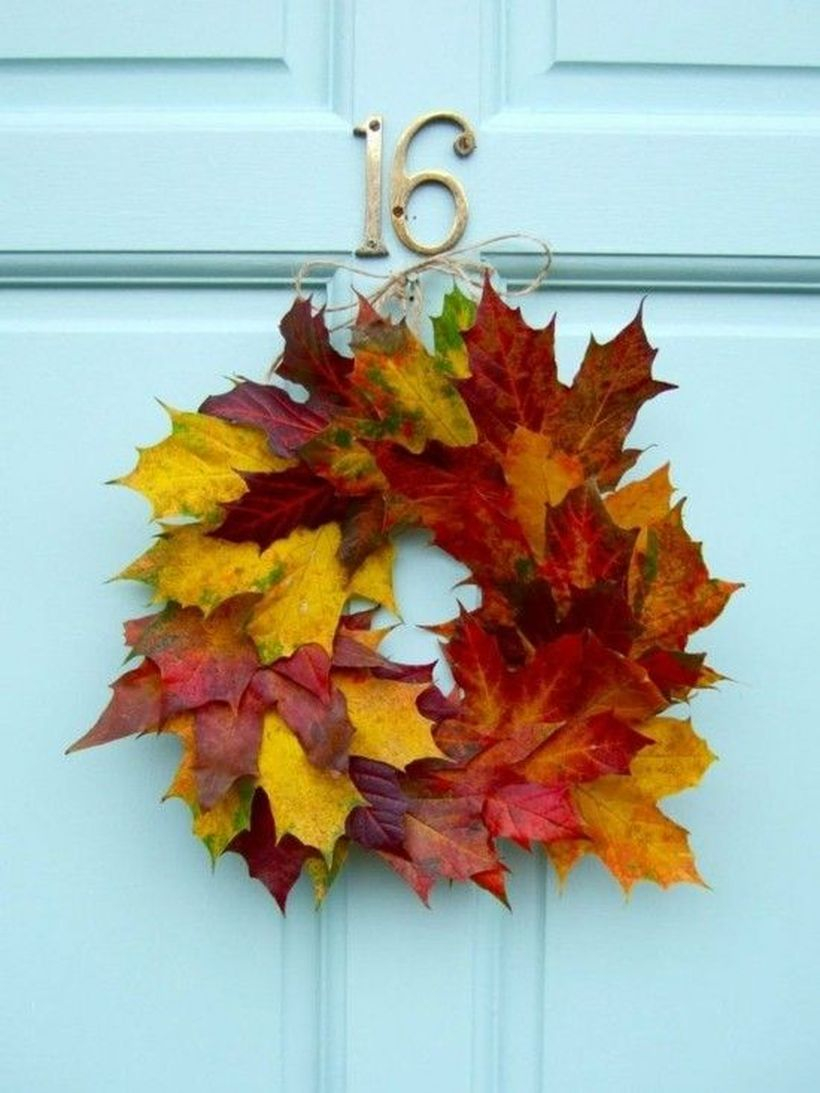 Small autumn leaves craft decoration